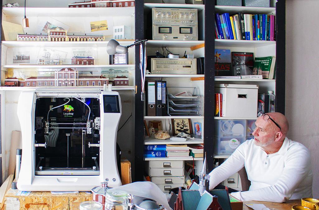 Leapfrog 3D printers, Bolt Pro 3D printer, 3Dscalework, 3D printing at home